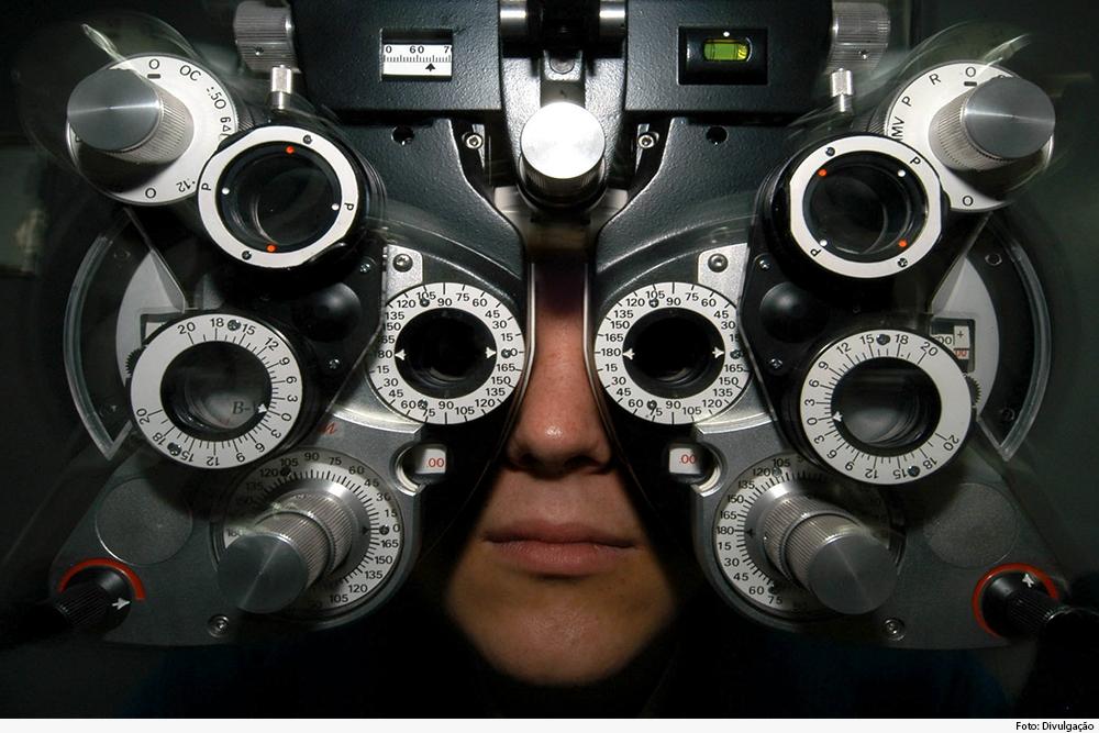 Exames oftalmológicos gratuitos foram feitos em escola pública estadual